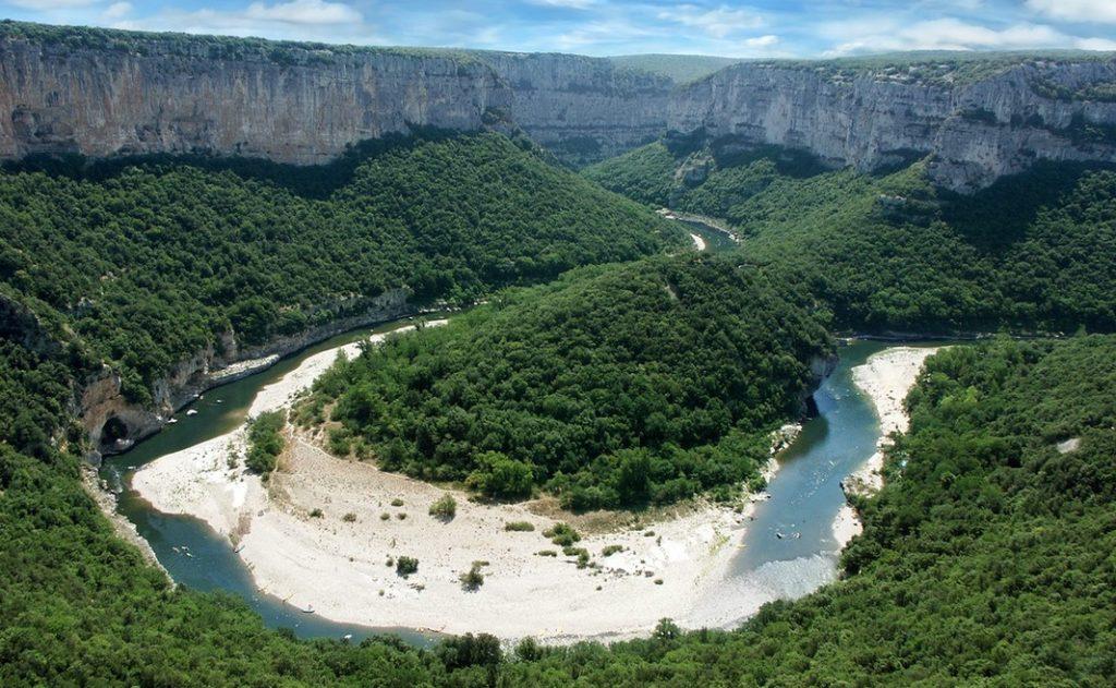 Le Cirque de la Madeleine, au coeur de la Réserve Naturelle des Gorges de l'Ardèche.