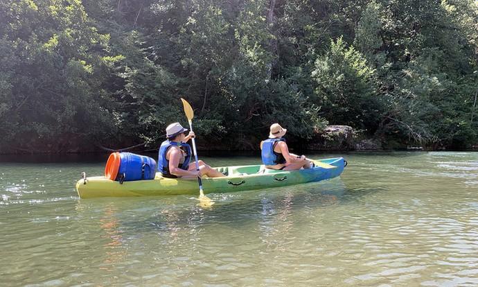 Découvrez le canoë-kayak sur la Cèze avec cette jolie descente.